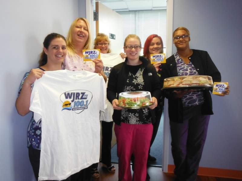 Vicki Carr and the girls from Ocean County Retina, P.C. in Manahawkin enjoy FREE Lunch from Mulberry Street