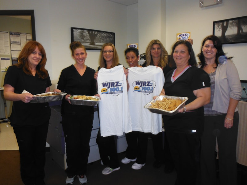 Lynda Pica and the girls from Spine and Pain Centers of Toms River enjoy FREE Lunch from Bum Rogers Crabhouse