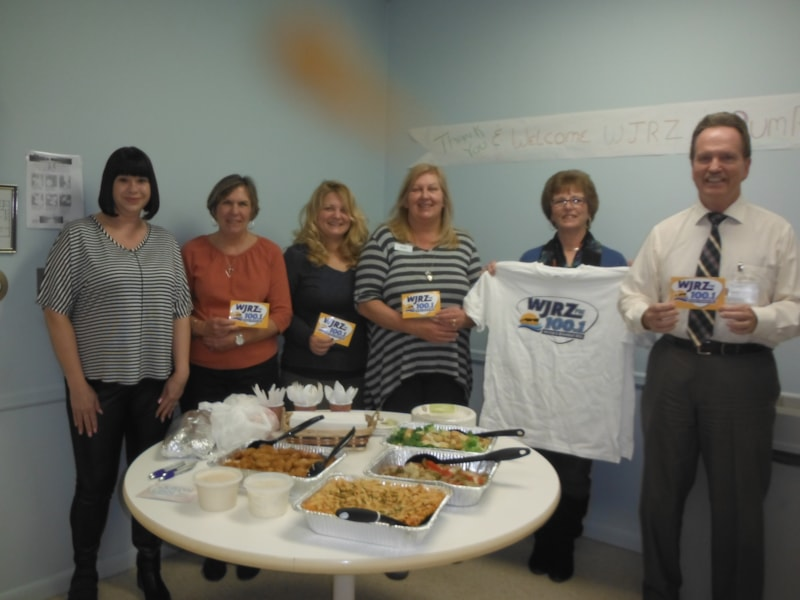 Gena Franolich and staff from Visiting Homecare Service of Ocean County enjoy FREE Lunch from Bum Rogers Crabhouse