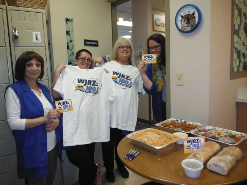Melissa Polio and the girls from America's Best Contact and Eyeglasses in Toms River enjoy FREE Lunch from Bum Rogers Crabhouse