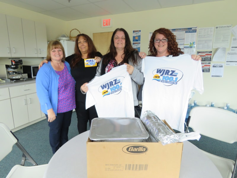 Leslie Smith and staff from Community Surgical Supply in Toms River enjoy FREE Lunch from Bum Rogers Crabhouse