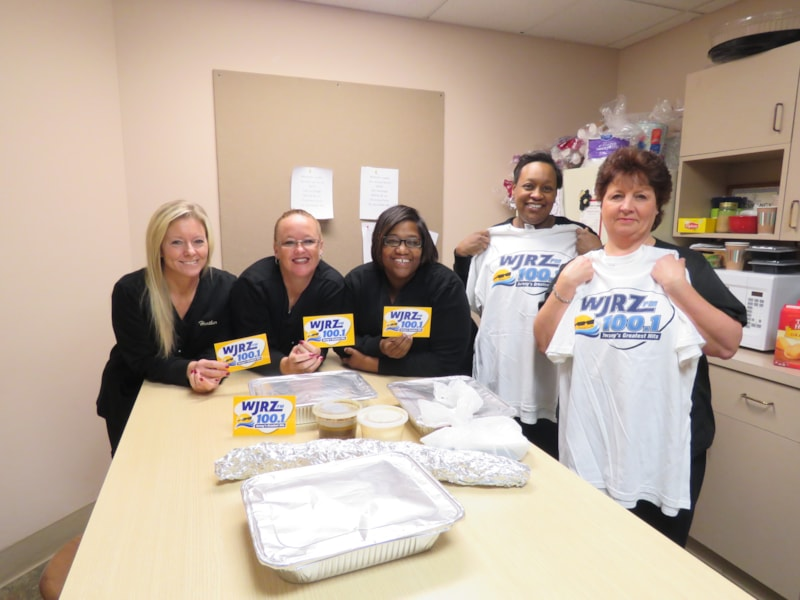 Karen Stickle and the girls from Coastal Oral Surgery in Toms River enjoy FREE Lunch from Bum Rogers Crabhouse