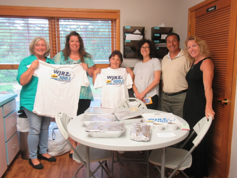 Debbie Dean and staff from Pathways Neuropsychology Associates in Toms River enjoy FREE Lunch from Bum Rogers Crabhouse