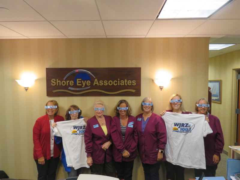 Gail Lorentzem and the girls from Shore Eye Associates in Toms River enjoy FREE Lunch from Bum Rogers Crabhouse