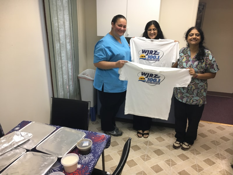 Susan Zelezlok and staff from the office of Anjana Mathur MD in Toms River enjoy FREE Lunch from Bum Rogers Crabhouse