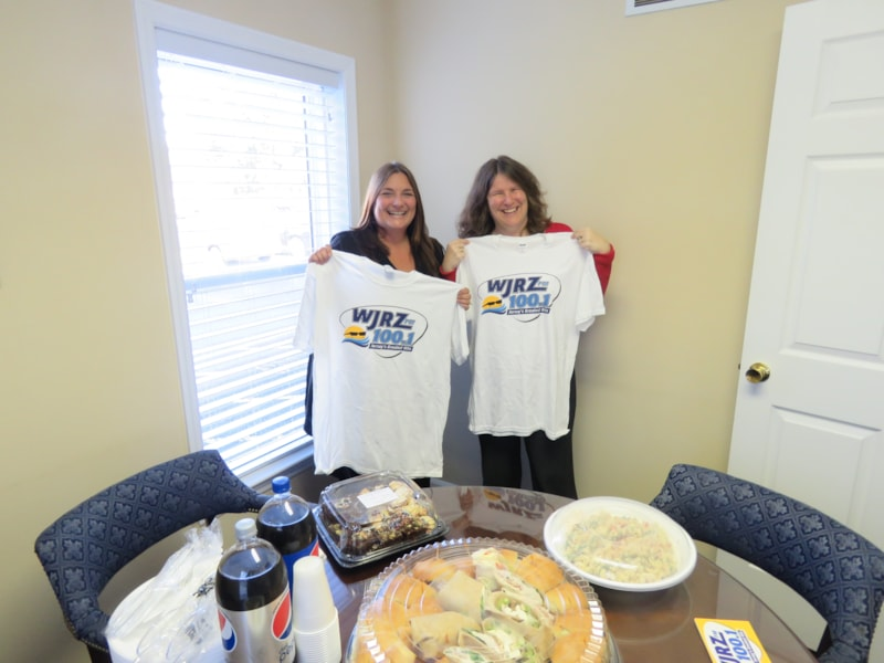 Donna Holland from Morrissey and Associates LLC in Forked River enjoys FREE Lunch from Mulberry Street