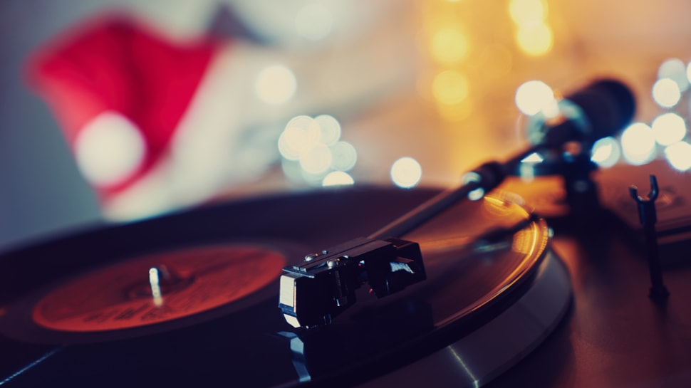 Christmas Rock.6 Original Classic Rock Christmas Songs To Play Right Now